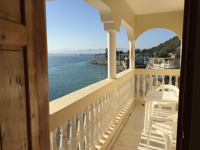 Room on Cap Haitiens waterfront - Cap-Haitien - Daire