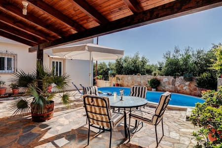 Holiday villa with private pool in Chania - Agia - วิลล่า
