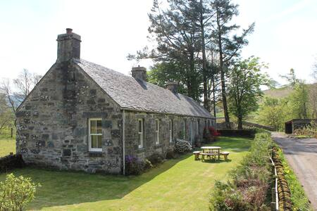Clachandubh Cottage - Ford - House