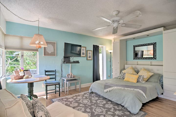 NEW! Lido Beach Studio, Walk to St. Armands Circle