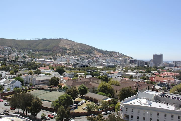 Uninterrupted Cape Town City views