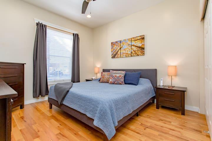 Premium king sized Sealy iComfort mattress