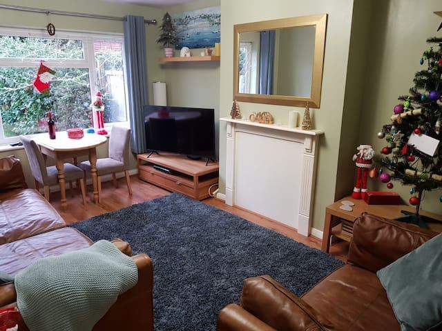 Large 2 Double Bedroom Maisonette