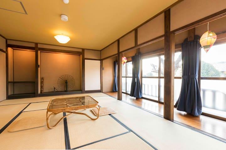 12畳6名部屋 Deluxe Tatami room  6-person room