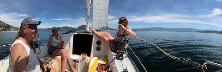 a lazy, sunny day sail, so peaceful