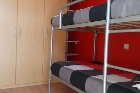 Centraal gelegen kamer te huur - Oostende - Apartament