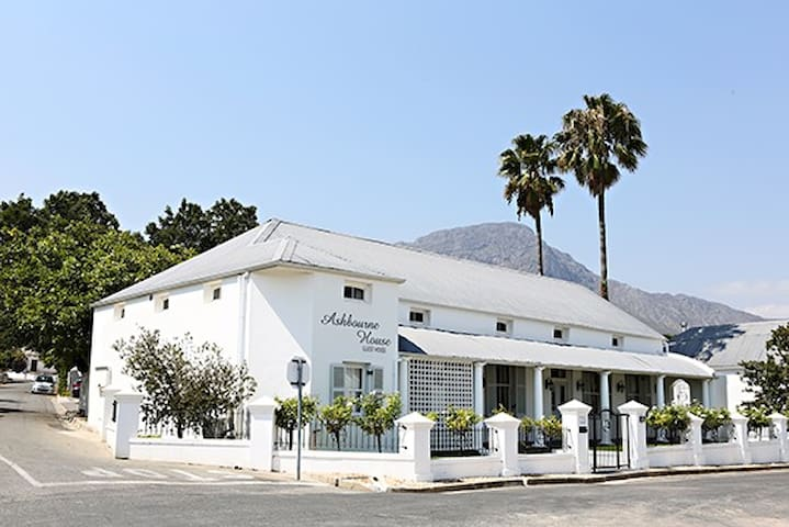 Ashbourne House Guest House - Franschhoek - Bed & Breakfast