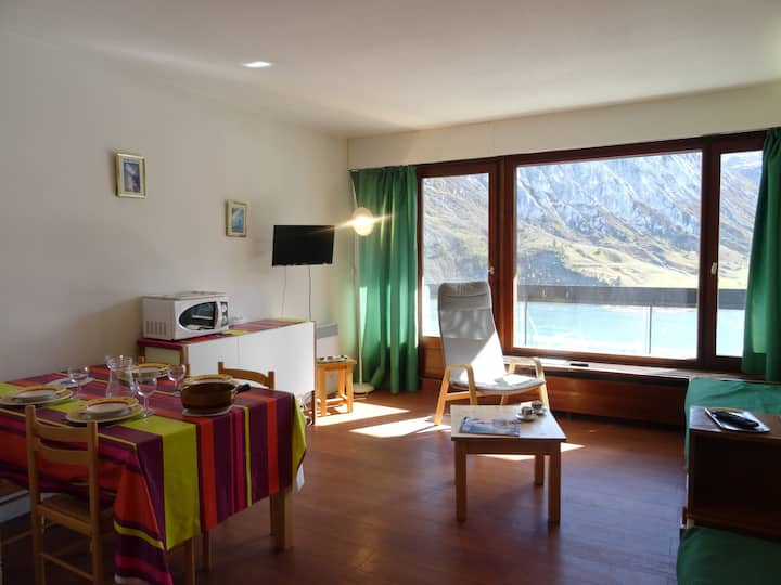 Studio for 3  persons in Tignes on the slopes and close to the shops in Le Lac area