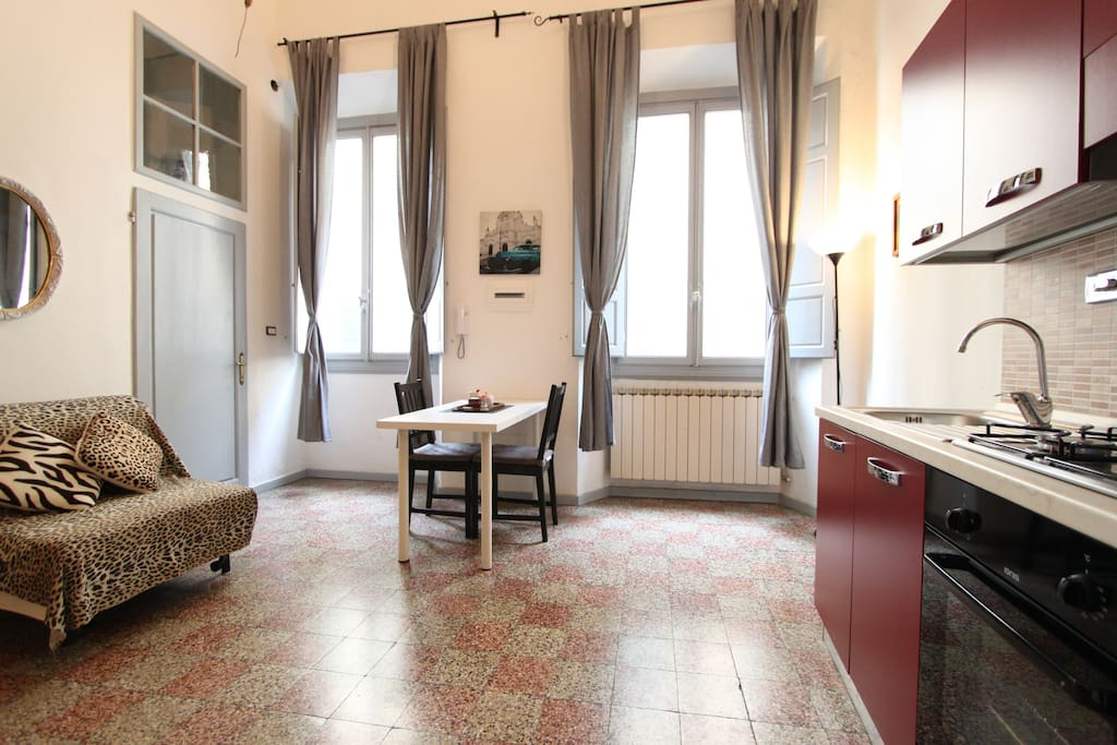 how to find an apartment in florence italy