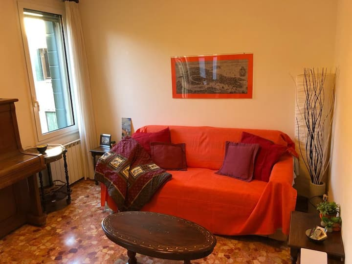 Very Charming Quiet 1BedroomTrainStationGuglie
