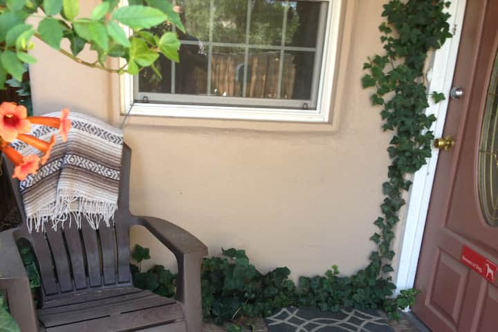 Cozy Old Town Adobe Casa w/ no extra fees