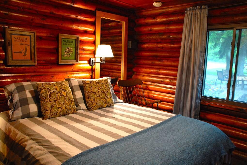 The Amble Inn Cozy Queen 2 Bed Breakfasts For Rent