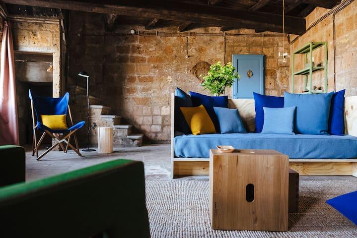 Artist House - Civita - บ้าน