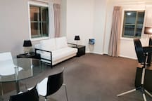 #99202 Darling Harbour Modern 1 Bedroom Apartment