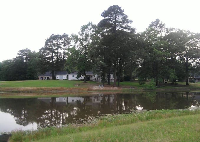 Forty Oaks Farm