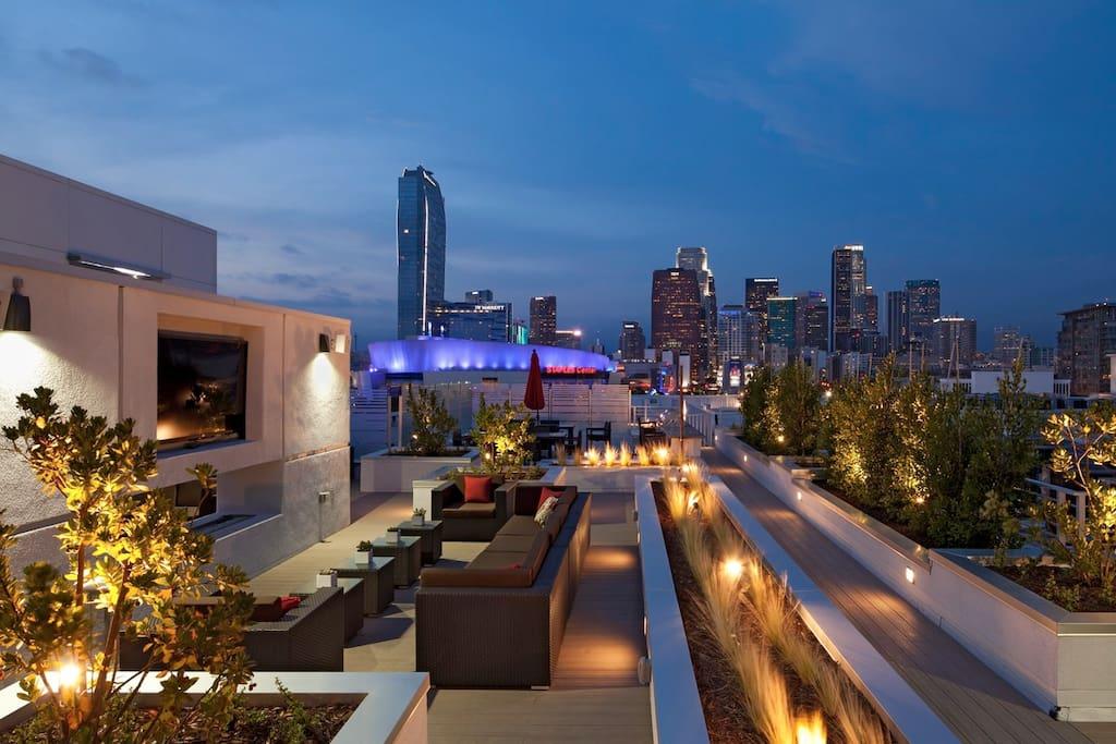 rooftop & BBQ