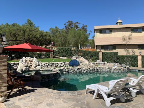Quiet, Peaceful Ranch by the Pool Guest House.