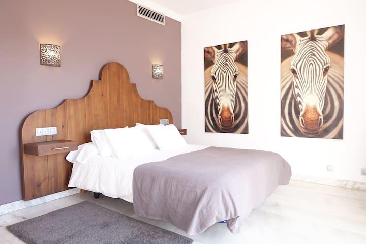 Suite MIMO @ Hotel P.Y.R.