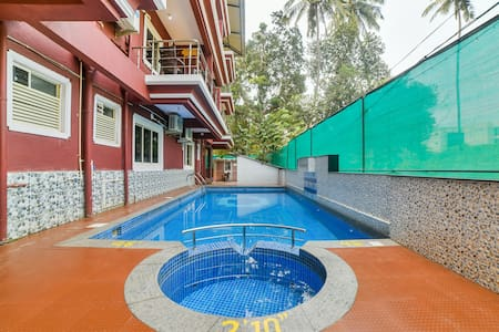 OYO  Classic SMART Furnished Room in Goa