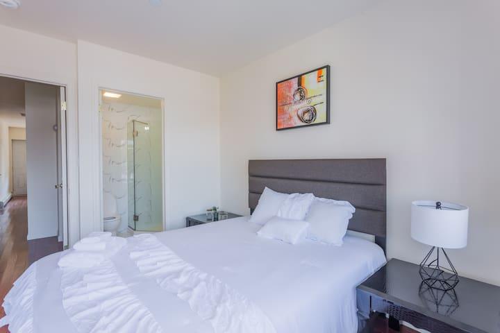 3 Bedroom 2 bath 6beds LGA JFK Queen FlushingNY33