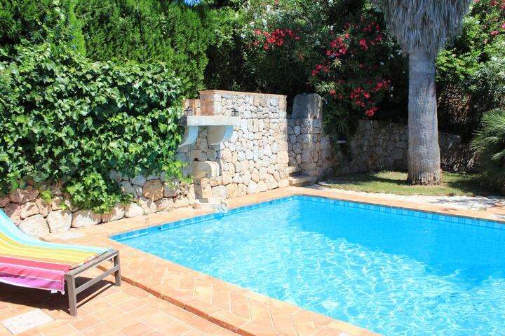Preciosa Finca con piscina y mucho espacio