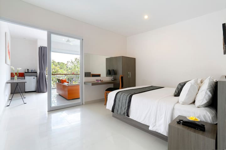 Beachfront Harmony suite Seminyak - North Kuta