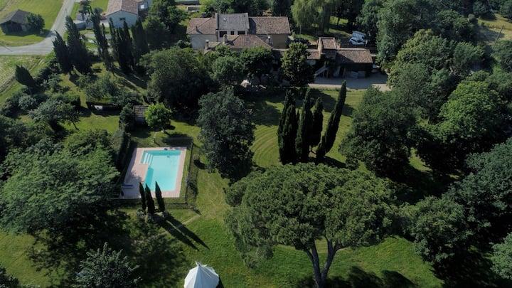 Villa Toscane-Atelier d'artistes et B&B