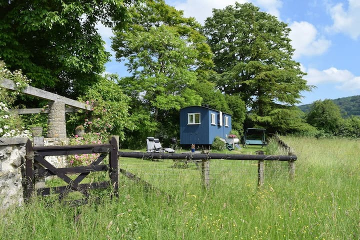 A wonderfull  Shephards hut set in the Cotswolds.