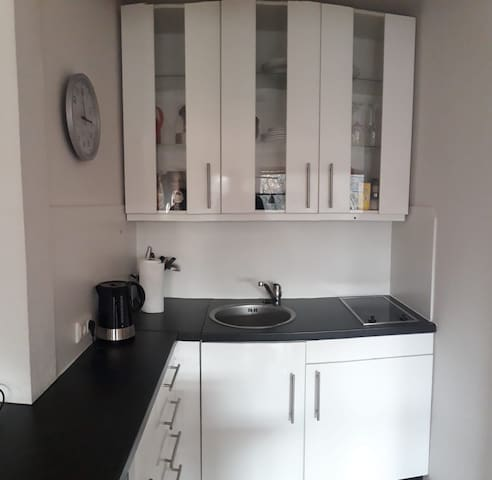 Well equipped compact kitchen