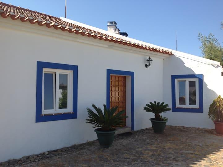 House Estrela (beautiful rustic house)