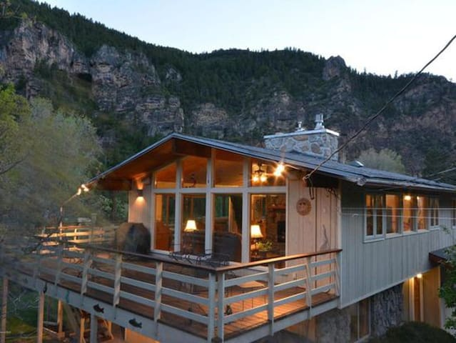 Secluded home near Glenwood Springs & Hanging Lake