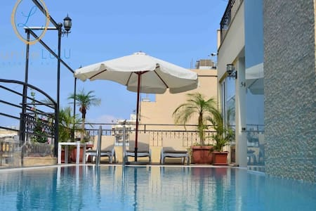 Charming Apt13. w/ Rooftop Pool! Hamra/Ras Beirut