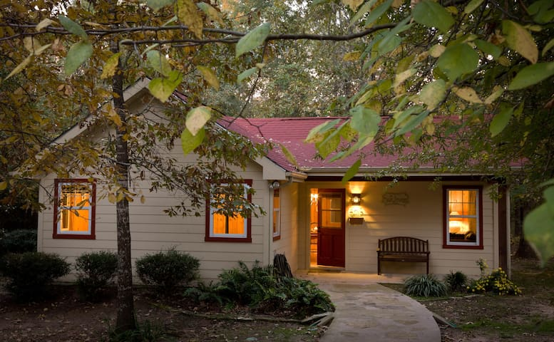 Deerpath Cottage at Selah Ranch