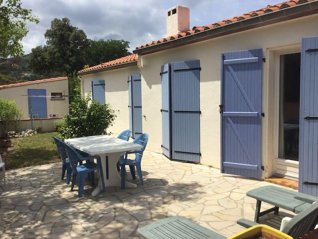 la villa bleu