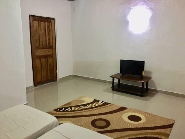 Tris Estates apartment with ocean breeze. Apt 1