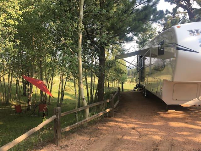 Woodland Park Camper/RV.  A couples get away!