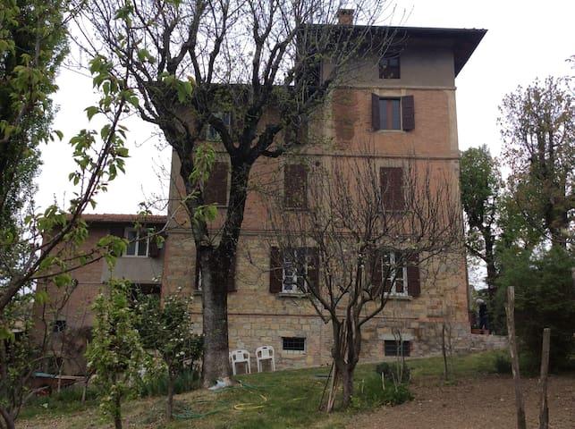 Stanza privata in villa degli anni 20