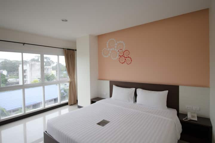 Clean & Cozy Platinum Room at Phavina Hotel Rayong