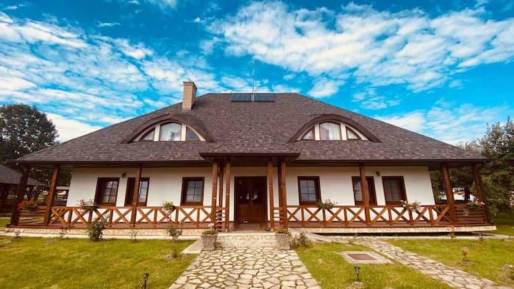 Casa Strabunicului (Casa Mare)