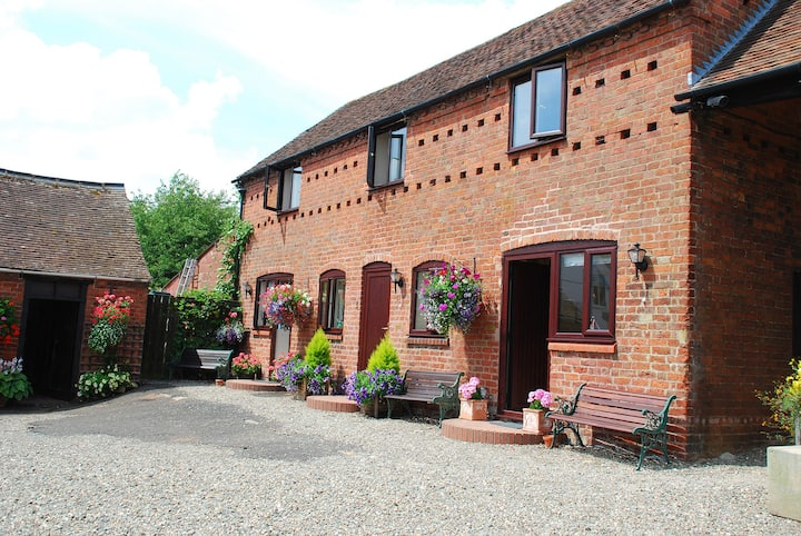 Short Term Let, 1 Bed Barn Conversion Shropshire