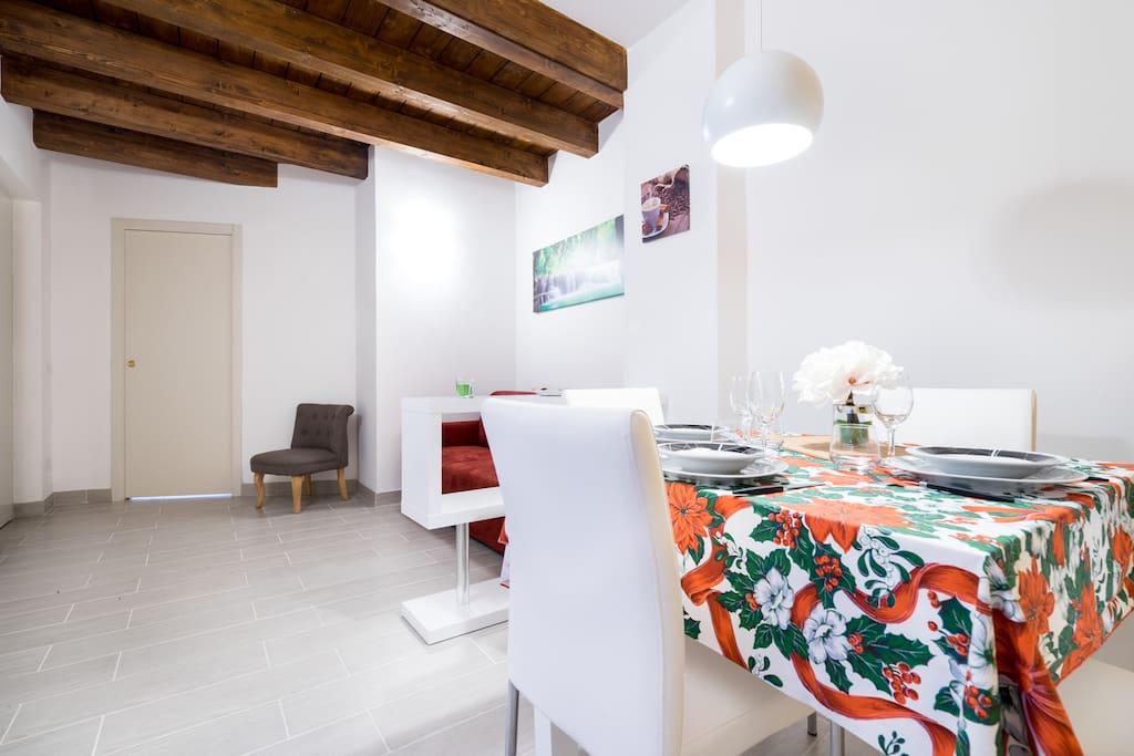 Wi-fi ed aria condizionata in tutti gli ambienti / Wifi and air conditioners in all the rooms