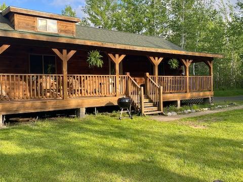 Kelly's Cabin, rustic off grid log cabin