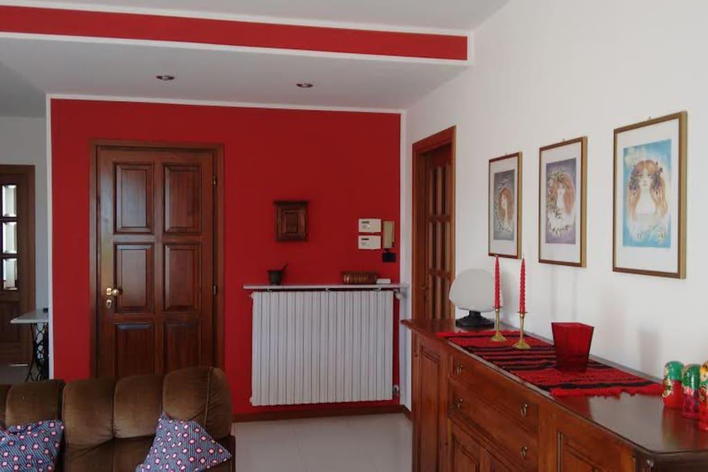 Appartamento vicinanze lago d 39 orta appartamenti in for Appartamento lago milano