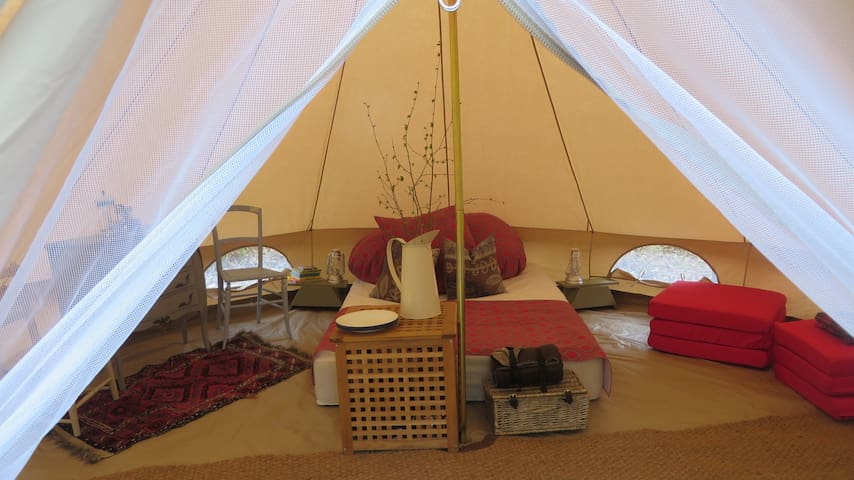 Woodland Bell Tent Glamping Hideaway - Plaistow - เต็นท์