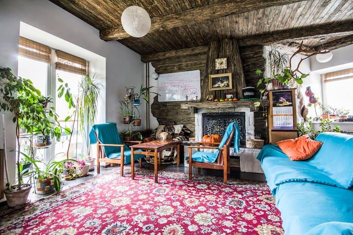Место в общей 5-местной комнате - Minsk - House