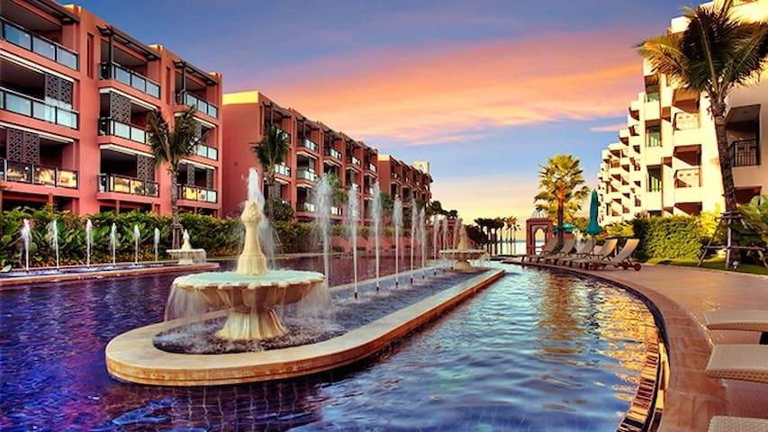 Marrakesh Hua Hin beachfront condo 184