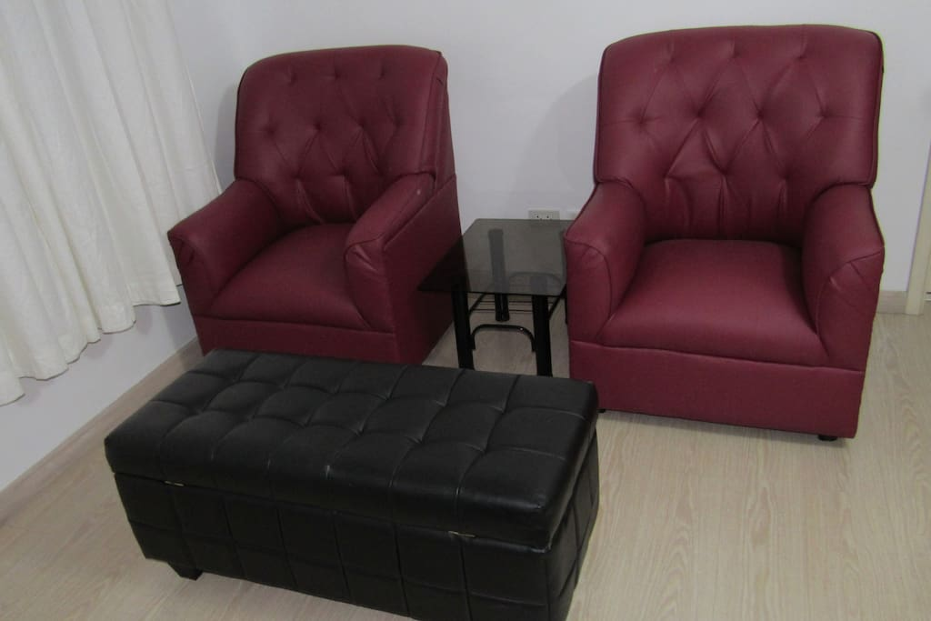 Lounging chairs with footrest+storage