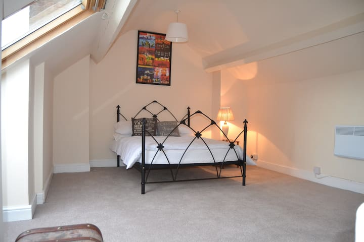 Bright 2 Bedroom Apartment  in Wolverhampton - Wolverhampton - Lakás