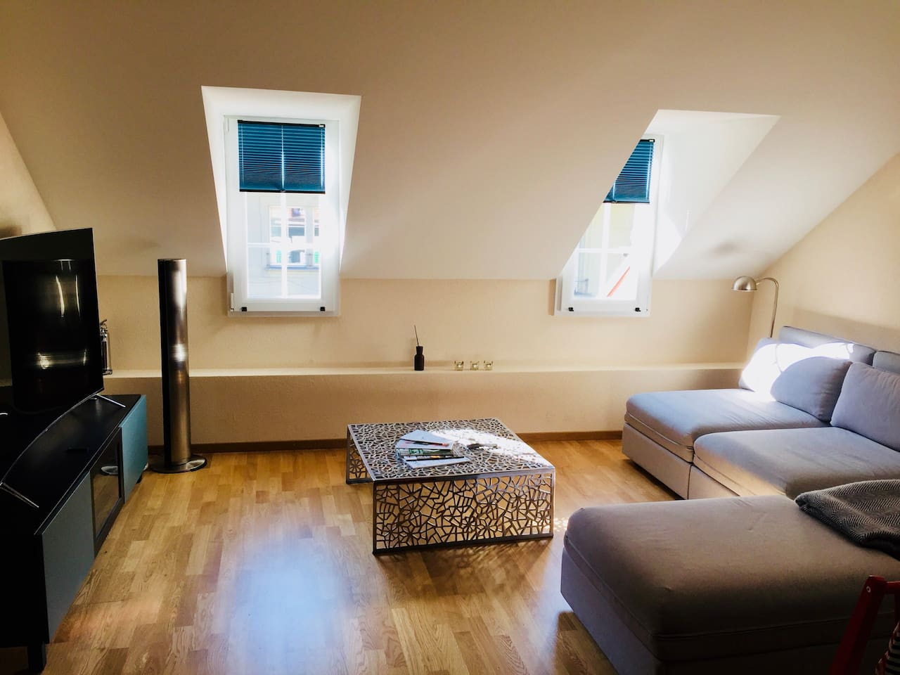 Living room area (the sofa consists of 3 sofa-bed elements of 80x200cm each)