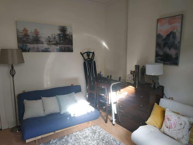 The Laurenzo lounge